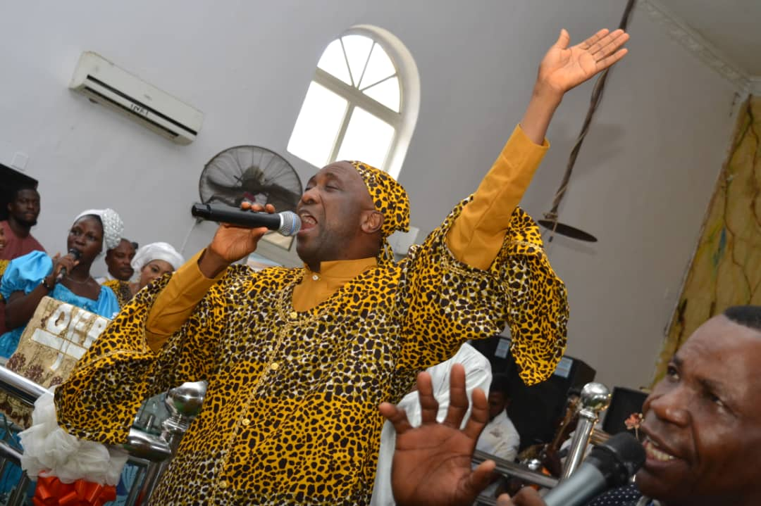 Primate Ayodele Entitle Women With N7 Million In His Church.