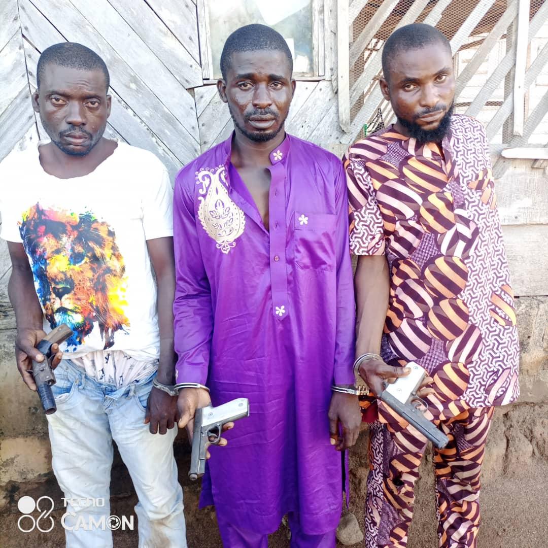 Commotion As Oniranike, Oba Adeniji Stockpiles Arms For Land Grabbers